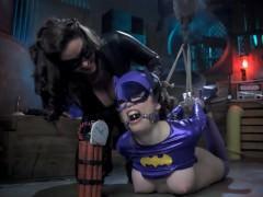 Catwoman Turns Batgirl into Buttgirl