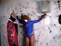 Superheroine Fails