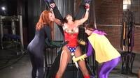 Villainess Turns Heroine Into Lesbian Cohort
