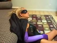 Hypnotized Blonde Heroine